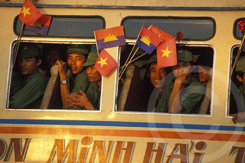 Photo of the withdrawal of the Vietnamese from Cambodia, 1989