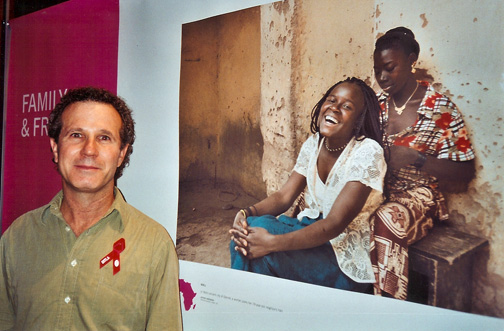 Photo of Jeffrey Aaronson at the Day in the Life of Africa opening in Grand Central Station