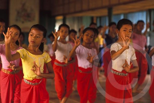 Photo of Khmer dancers in Phnom Penh, Cambodia