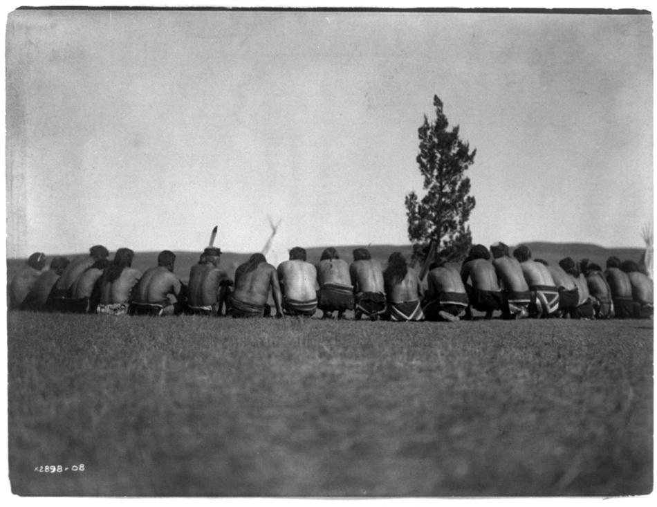Edward Curtis photo of Arikara Medicine Fraternity